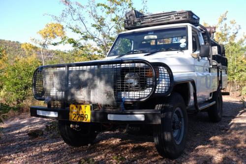Типичный автомобиль для африканской охоты