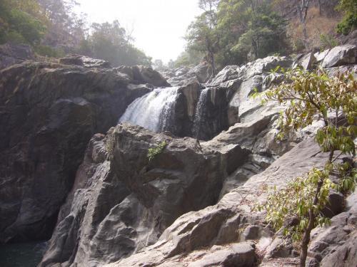 Тот же водопад. Да, по наличию воды Камерун несравним с Намибией!