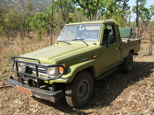 Типичное оборудование автомобиля для охоты в Африке