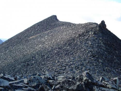 Старые камчатские горы...
