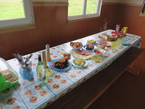 Скромный обед по прибытии